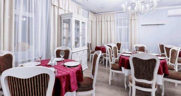 Отель и ресторан Фаворит в Плёсе. Снять номер в Плёсе 3